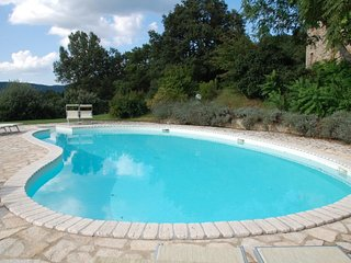 San Casciano dei Bagni Villa Sleeps 12 with Pool and WiFi - 5765133