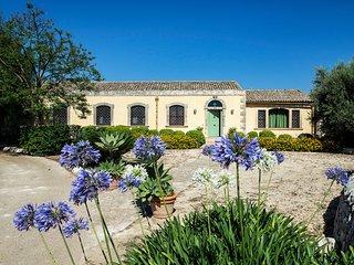 5 bedroom Villa in Ciane, Sicily, Italy - 5763309