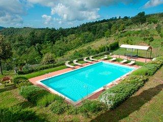 Fornoli Villa Sleeps 16 with Pool and WiFi - 5765186