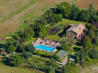 La Sbarra Villa Sleeps 21 with Pool and WiFi - 5765052
