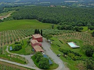 Stazione di Monte Antico Villa Sleeps 24 with Pool and WiFi - 5762993