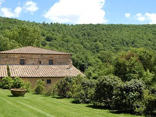 Spineta Villa Sleeps 14 with Pool and WiFi - 5762325