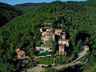 7 bedroom Villa with Air Con and WiFi - 5763276