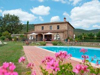 8 bedroom Villa in Oliveto, Tuscany, Italy - 5765189