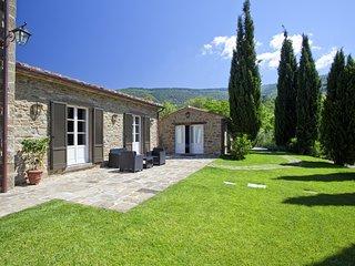 Cegliolo Villa Sleeps 10 with Pool Air Con and WiFi - 5763241