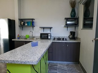 Luxury Ambiance, Home in SJ Double Room with Shared Bathroom 2