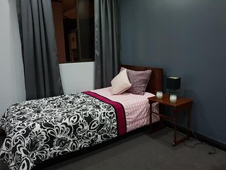 Luxury Ambience, Home in SJ Single Room with Shared Bathroom