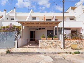 Villa a pochi metri dal mare di Torre San Giovanni - Villa Claudia