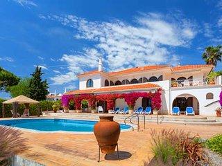 4 bedroom Villa in Quinta do Lago, Faro, Portugal - 5479857