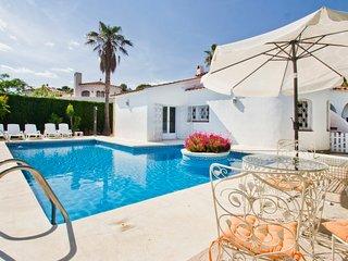 5 bedroom Villa in Las Tres Cales, Catalonia, Spain - 5765410