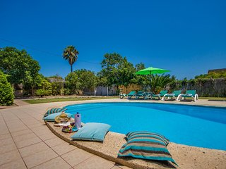 Alcudia Holiday Home Sleeps 6 with Pool Air Con and WiFi - 5761740