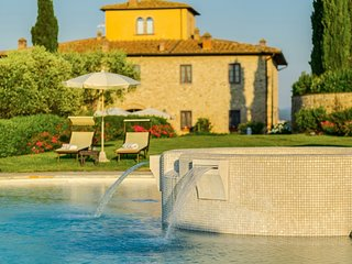Bonazza Villa Sleeps 22 with Pool and Air Con - 5763310