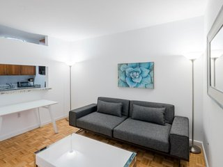 5K-UWS-WEST END AVE 2BR-GARAGE & DOORMAN