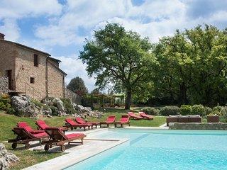 7 bedroom Villa in Sovicille, Tuscany, Italy - 5762988