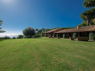 7 bedroom Villa in Is Morus, Sardinia, Italy - 5763324