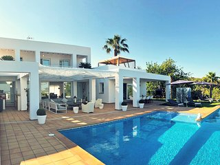 5 bedroom Villa with Pool, Air Con and WiFi - 5761807