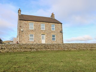 WHITLOW FARMHOUSE,WIfi,  Nr Alston, parking,Ref 972457