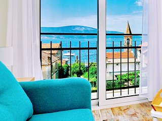 Deluxe Bayview Studio Apartment with Panoramic view of the Sea Tivat Montenegro
