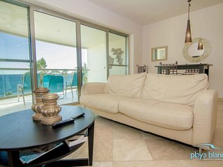 1 Bedroom Condo Playa Blanca #1 Unit 304