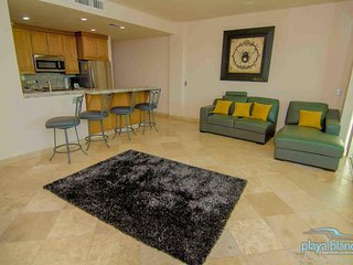 1 Bedroom Condo Playa Blanca #1 Unit 307