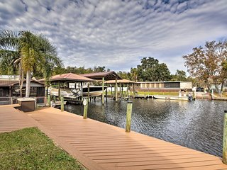 Waterfront Homosassa Home w/ Private Dock!