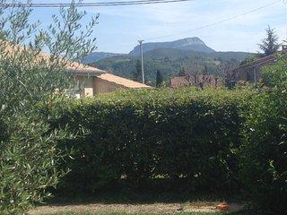 Maison avec jardin proche centre ville