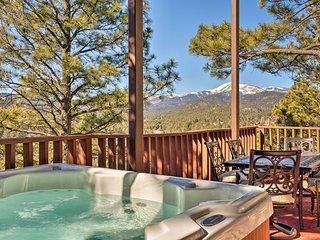 NEW! Lavish Condo w/2 Decks - 5mi to Ruidoso Downs