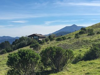 Stunning Views of San Francisco Bay Area from Marin County Home