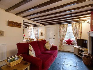 Beautifully Renovated Traditional Cumbrian Cottage in the Duddon Valley Sleeps 5