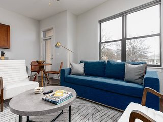 No Non-sense Apartment in a Great Spot