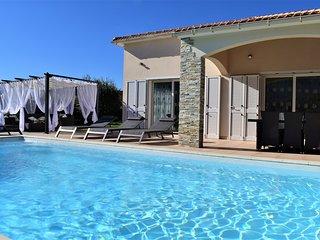 Villa Katia plein pied avec piscine chauffee