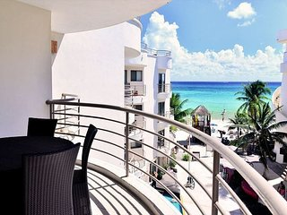 Beautiful apartment with a terrace. CM 302