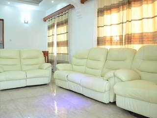 Muyenga Vacation Home - Executive Apartment, 2 Bedrooms, Ensuite
