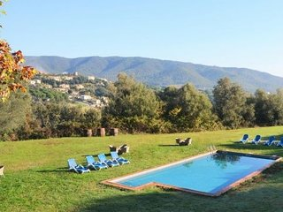 2 bedroom Villa with Pool and WiFi - 5623093