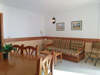 Spacious apartment a short walk away (99 m) from the 'Playa Norte' in Peníscola