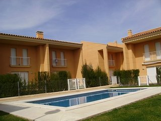 Cozy villa a short walk away (101 m) from the 'Playa de Cala de las Sirenas' in