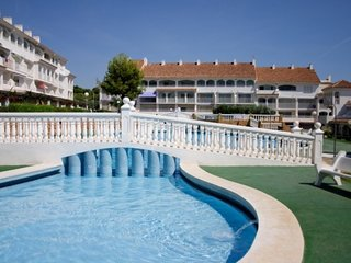 Cozy apartment in the center of Alcossebre with Parking, Air conditioning, Pool,