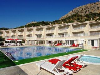 Cozy apartment in Torroella de Montgri with Lift, Parking, Internet, Washing mac