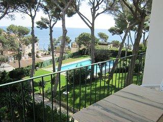 Calella de Palafrugell Apartment Sleeps 2 with Pool - 5246933