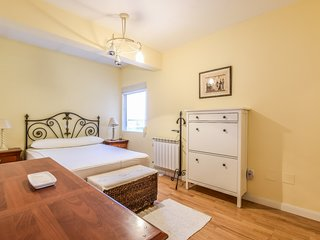 Cozy apartment in Madrid with Lift, Internet, Washing machine, Air conditioning