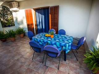 Spacious apartment in Okrug Donji with Parking, Internet, Air conditioning, Terr