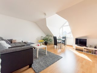 Cosy studio in Hanover with Parking, Internet, Washing machine