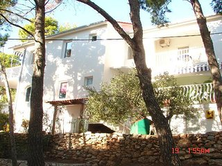 Dijana - economy apartments: A1-Gornji veliki(2+2) - Sveta Nedjelja