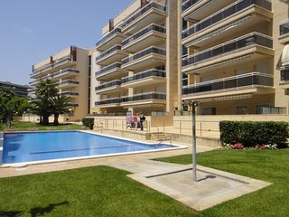 Cozy apartment in the center of Salou with Lift, Parking, Washing machine, Air c