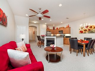 865AC. Beautiful 3 Bedroom 2.5 Bathroom Town Home with Conservation View