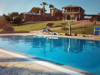 villa con piscina il Castello