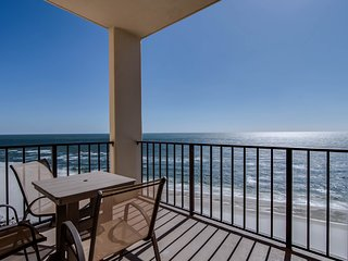 Casual beach-front getaway with shared pool, ocean views, and beach access