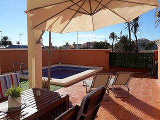 Stunning 3 Bed, 2 Bath Family Holiday Home. Near beach and restaurants