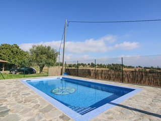 3 bedroom Villa with Pool - 5622268