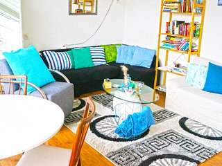 Whole Apartment In Rotterdam Suburb Great Style